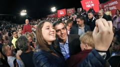 Социалистите в Испания водят, но губят мандати