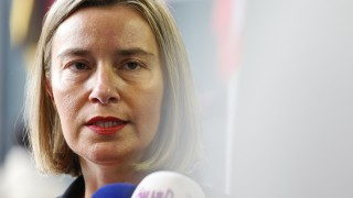 ЕС твърд: Ще запазим сделката с Иран