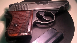 Прокуратурата иска арест за вещомана, взел пистолета на самоубилия се бизнесмен