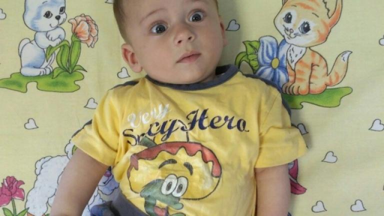 Откриха майката на изоставеното бебе във Варна