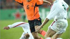 Атлетико Мадрид с оферта за Рафаел ван дер Ваарт