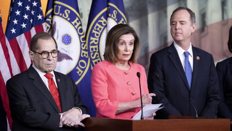 Изпращат обвиненията срещу Тръмп в Сената