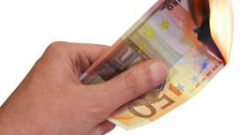 Силен натиск от продажби на еврото на forex пазара в началото на днешната европейска търговия