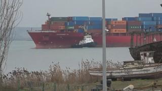 Кораб, пристигащ от Венеция в Бургас, остава на стоянка 2 дни заради COVID-19