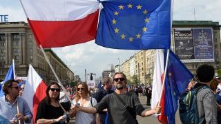 Високите заплати напълно отказаха поляците да работят в чужбина