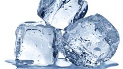 """Луксозни"" ледени кубчета за 325 долара"