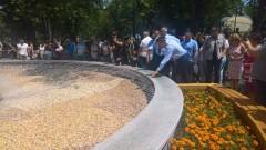 Борисов сряза лентичката на парк за близо 6 млн. в Бургас