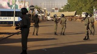 Екстремисти на мотоциклети избиха близо 60 души в Нигер