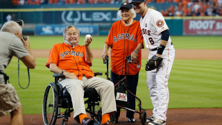 Джордж Буш - Старши изписан от болницата