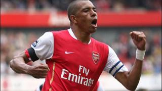 Жилберто иска да остане в Арсенал