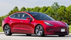 Ралф Надер: Пукането на балона ще стартира от Tesla