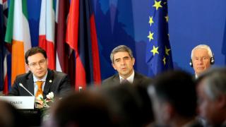 Плевнелиев призова Европа за адекватен отговор на рекордния брой кризи