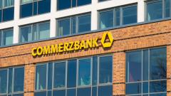ING и UniCredit искат да купят Commerzbank