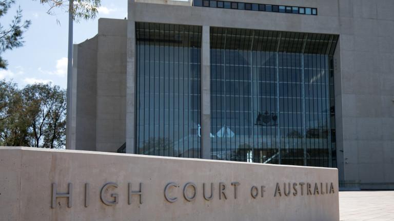 """Съд в Австралия: медиите са отговорни за коментарите на читателите във """"Фейсбук"""""""