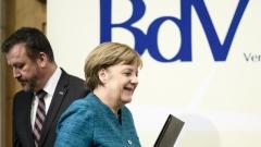 Великобритания остава част от Европа, увери Меркел