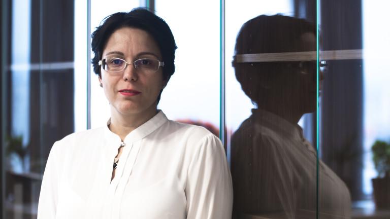 """Магдалена Василева, заместник-директор """"Индивидуално банкиране"""" в ЦКБ"""