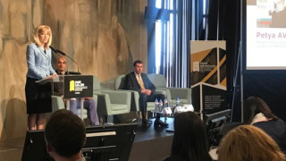 Аврамова: Ускоряваме отчуждаването, където се бавят важни проекти
