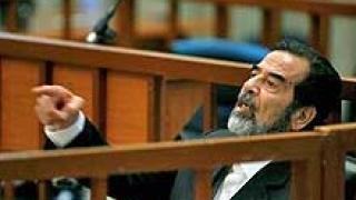 Второ дело започна срещу Саддам, но той отново не иска да отговаря