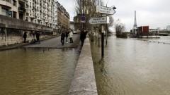 Застрашителното ниво на река Сена евакуира 1 500 души в Париж