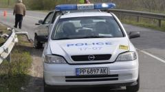 Четирима пострадали след челен удар на две коли край Тетевен