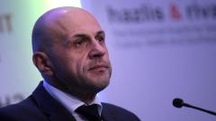Томислав Дончев иска институциите да мерят с един аршин