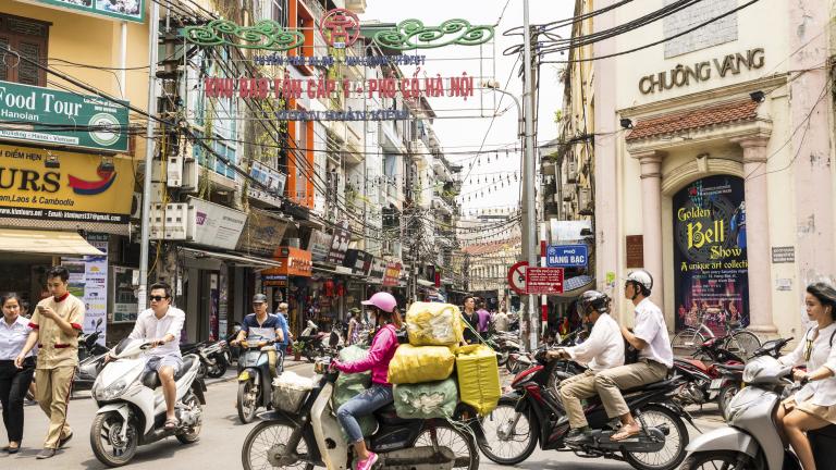 Виетнам очаква рекордни $15 милиарда чуждестранни инвестиции за годината