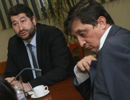 Христо Иванов обвини ВСС за участие в търговията с дела