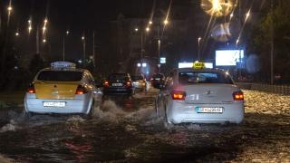 Най-малко 20 жертви в Скопие заради бури и наводнения