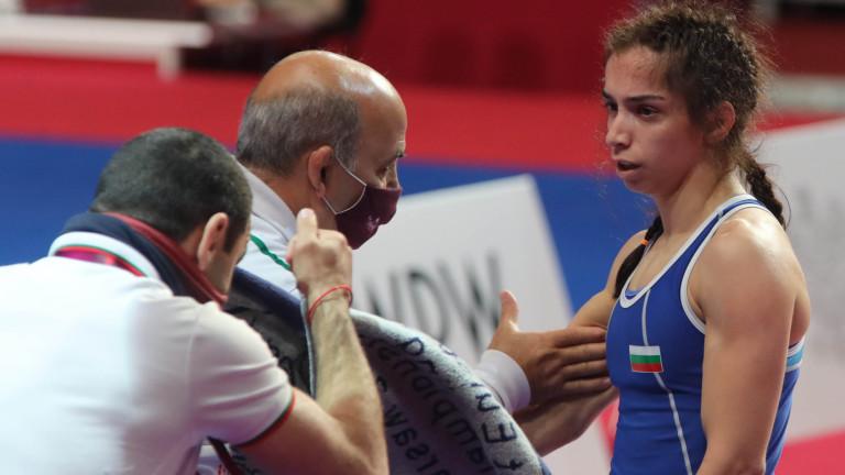 Селишка и Дудова ще спорят за титли на Европейското първенство по борба