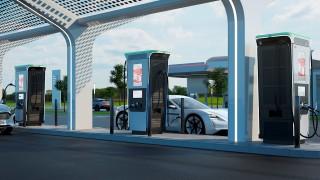 Европейска компания с четири завода в България пуска най-бързата станция за електромобили в света