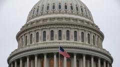 Сенатът прие законопроект, за да избегне спирането на правителството