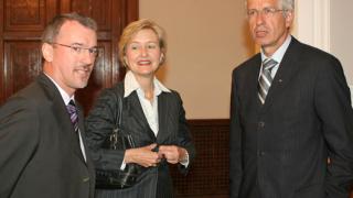 България извън десятката на най-добрите страни в преход