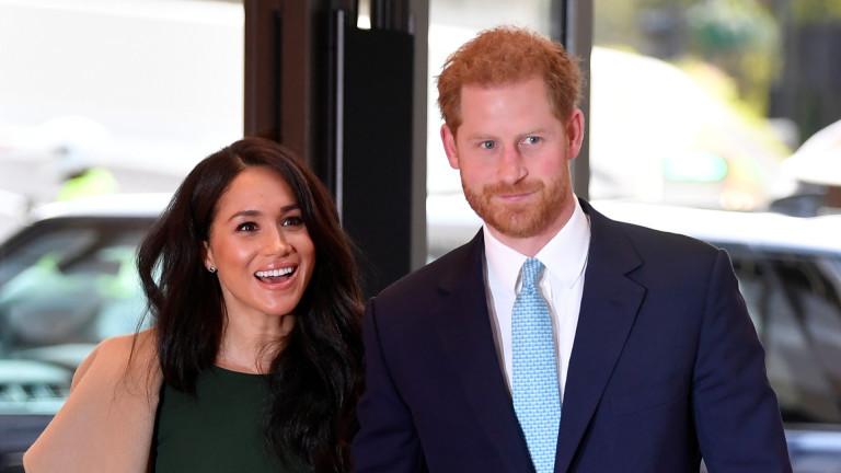 Хари и Меган бягат в САЩ