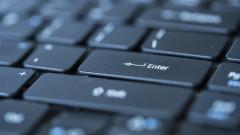 Учениците в Бургас от 6 и 7 клас минават онлайн