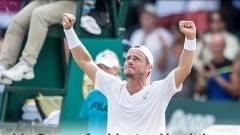 Хюит откри с победа 19-ия си Australian Open