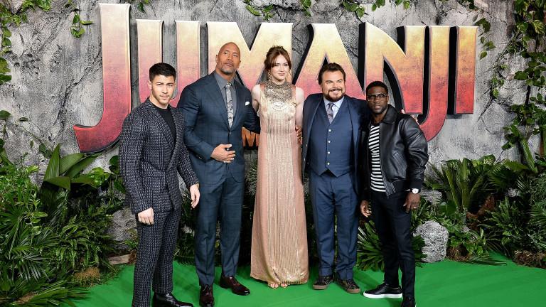 """Актьорски закачки преди премиерата на """"Джуманджи: Добре дошли в джунглата"""""""