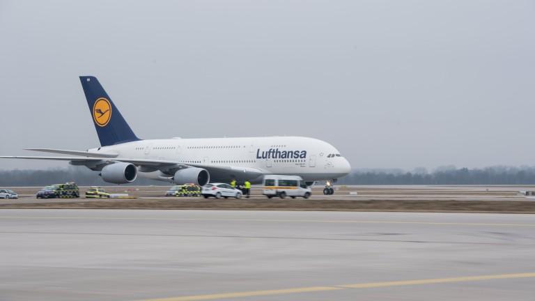 """Кабинните екипажи на """"Луфтханза"""" подновяват стачките"""