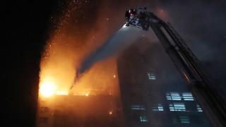 Десетки ранени при пожар в южнокорeйски 33-етажен блок