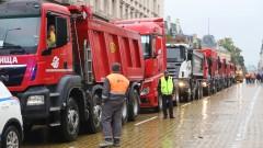 Глоби за шофьорите на самосвали и камиони, които влязоха на жълтите павета