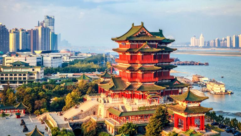 В Пекин тестват куриери на храна и колети за коронавирус