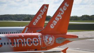 Насред кризата EasyJet въвежда още една такса за пътниците