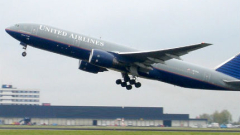 Самолет United Airlines се приземи аварийно