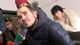 Оставиха в ареста мъжа, нападнал курсанти с брадва