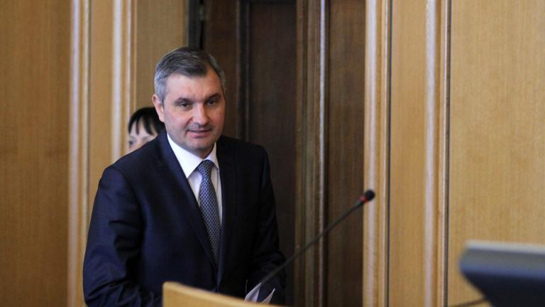 """Оставката на Крусев не била заради ремонта на """"Граф Игнатиев"""""""