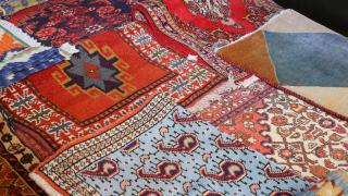 Германска гимназия забрани молитвените килимчета