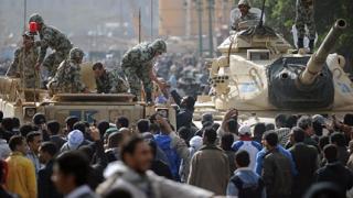 Външно: Положението в Египет се влошава