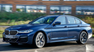 Печалбата на BMW се изстреля