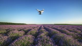 Въвеждат строга регулация на дроновете от 2018 г.