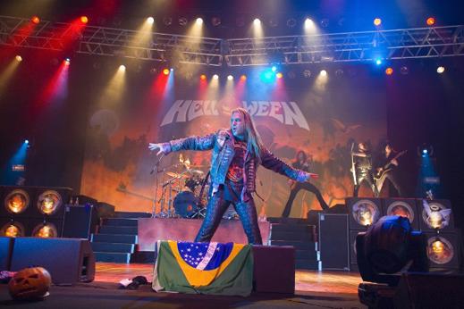 Helloween пристигат у нас заедно със Stratovarius
