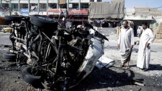 Десетки загинаха при нова серия от взривове в Ирак